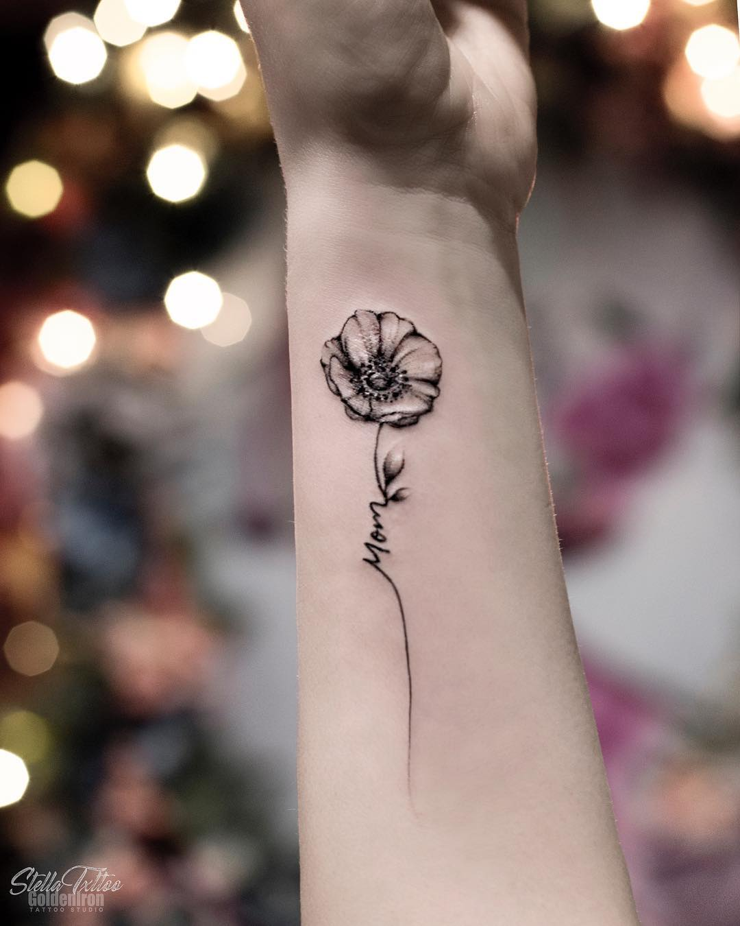 floral arm tattoos design; mini tattoos, simple tattoo, beautiful tattoos, sex tattoos, mini tattoos, meaningful tattoos; chic tattoos