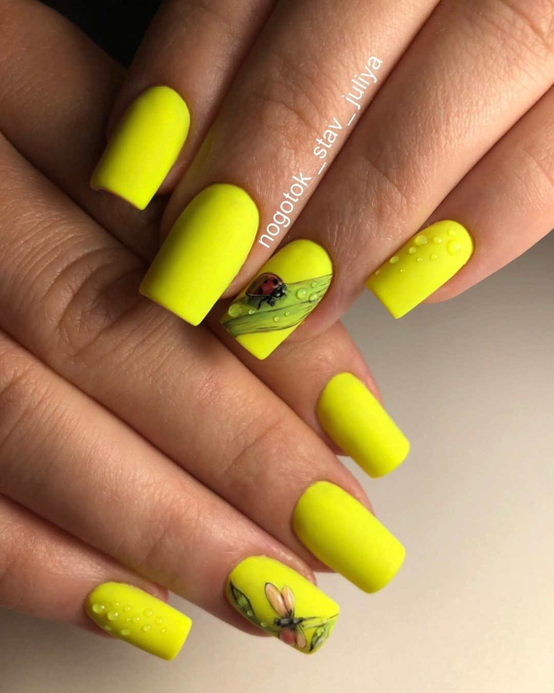 Trendy Summer yellow Nails Designs Inspirations; yellow nails design; Summer nails; Nails acrylic; summer nail colors 2019