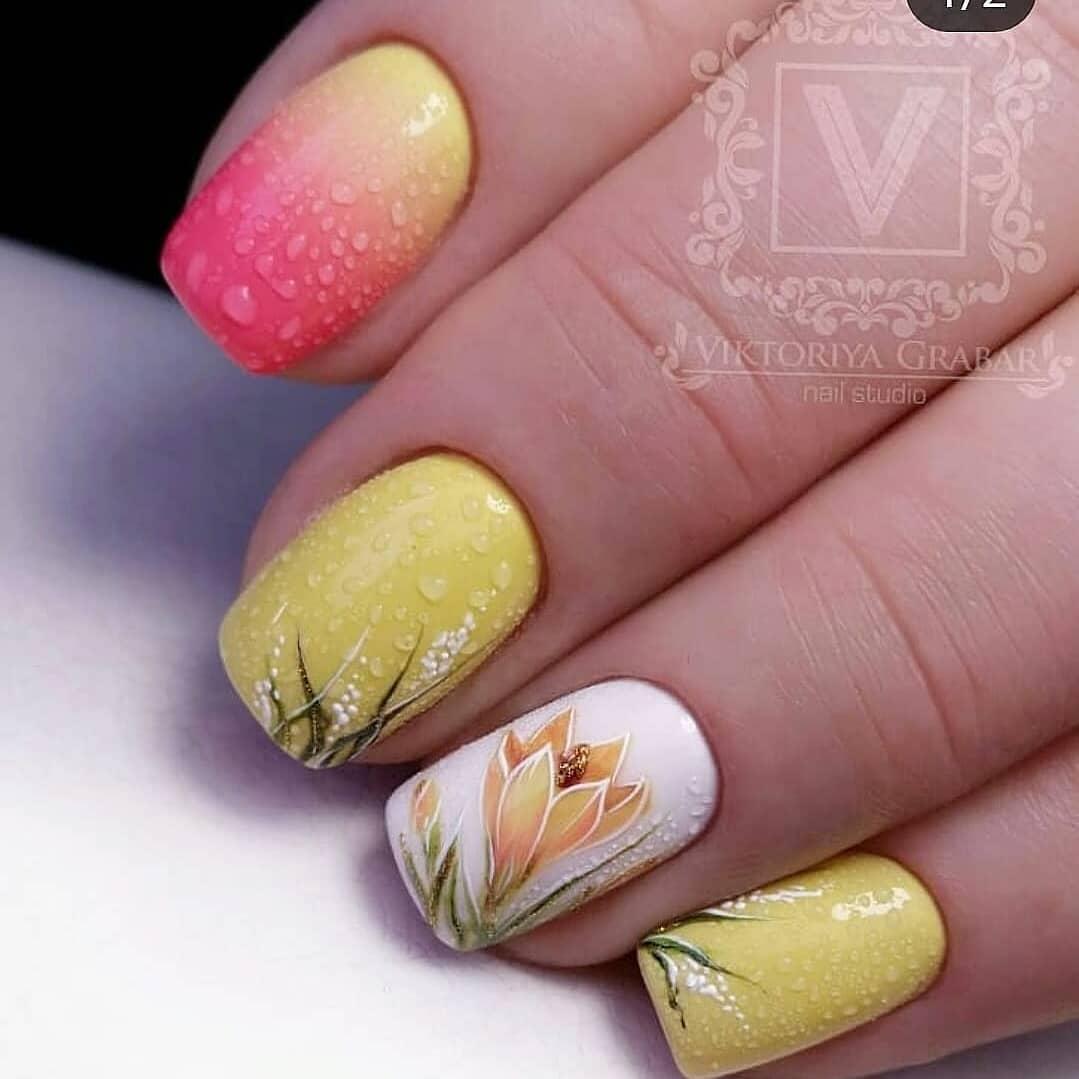 Trendy Summer yellow Nails Designs Inspirations; yellow nails design; Summer nails; Nails acrylic; summer nail colors 2019
