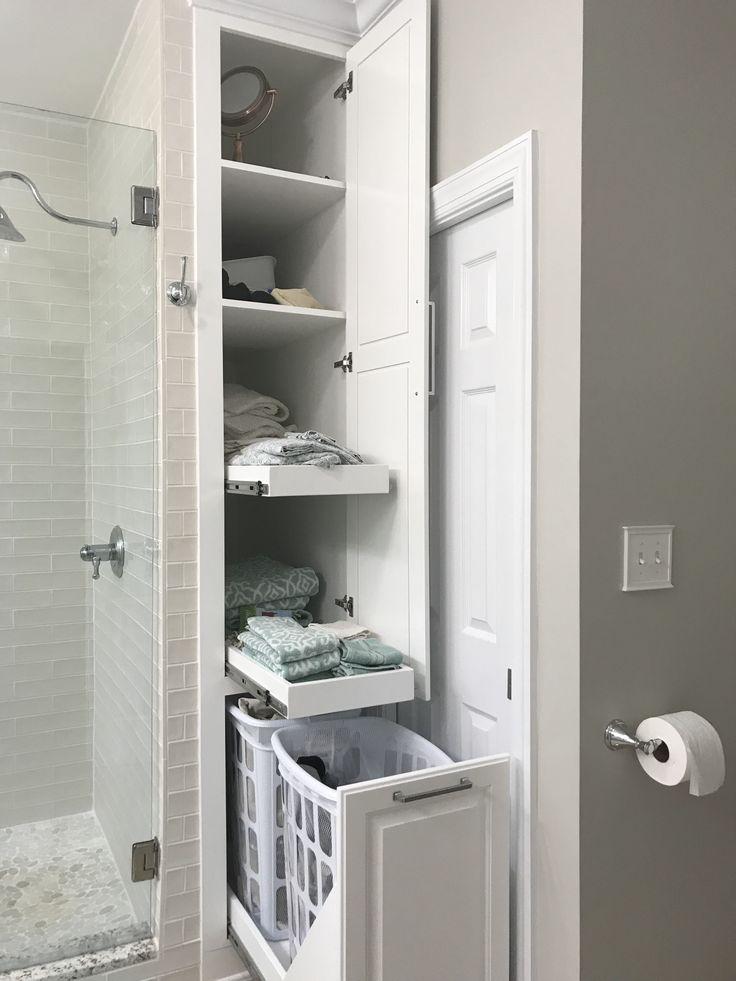 Well Organized Built In Bathroom Shelf