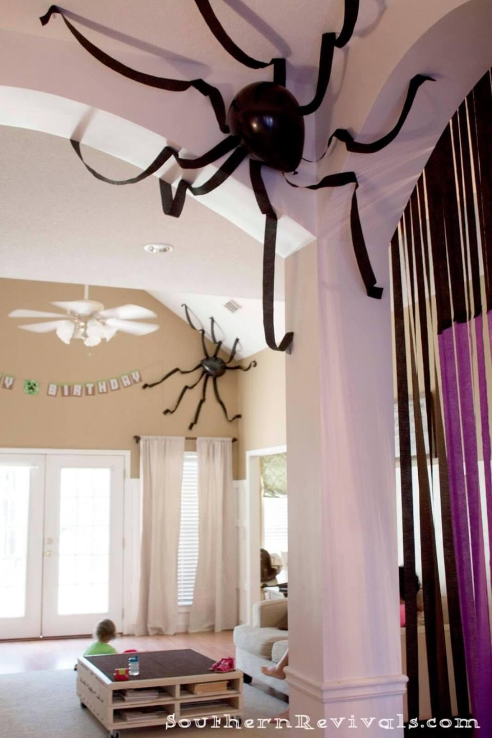 18+ Easy DIY Indoor Halloween Decor and Display Ideas