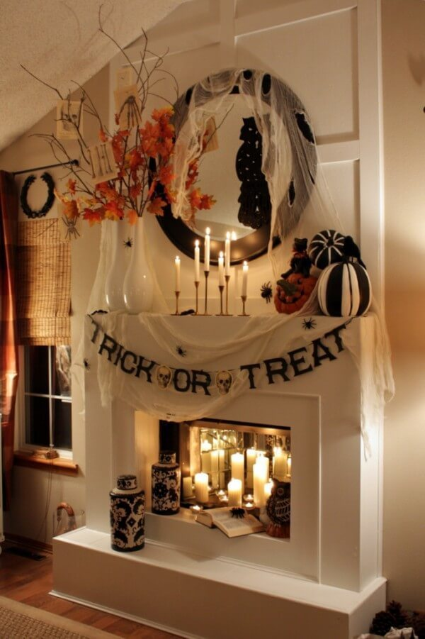 40 Easy Diy Indoor Halloween Decor And Display Ideas