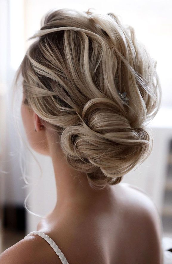 Elegant Prom Updo Wedding Hairstyles for Medium length Hair and Long Hair; Trending wedding hairstyles in 2019; updos;