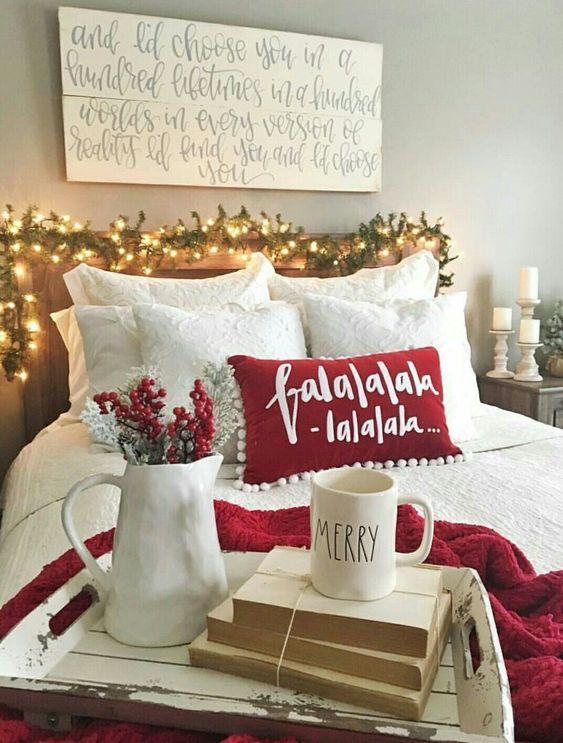 Trendy & Cozy Christmas Bedroom Decorating Ideas, holiday home decor, #christmas #holidays #christmas decorations