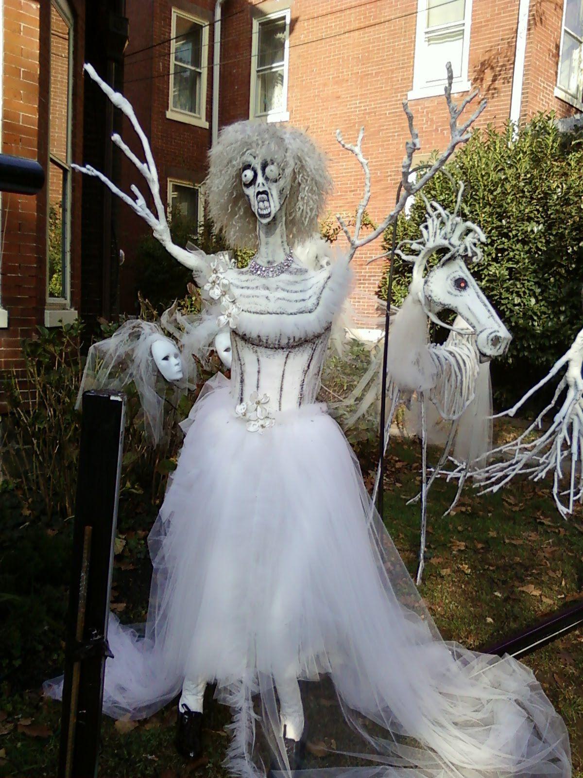 65 Halloween Skeleton Outdoor Decorations Ideas Looks Scary