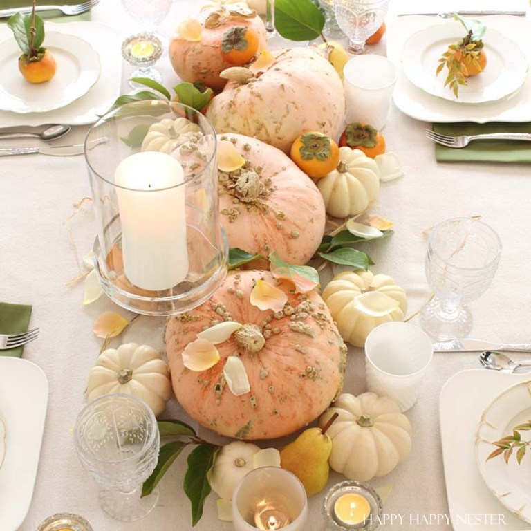 Thanksgiving natural table decor, flower arrangements, Thanksgiving Decor Ideas #thanksgiving