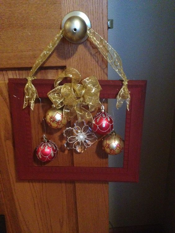 most special vertical Christmas wreath hanger, Christmas Wreath, Square wreath, retangle wreath, DIY Christmas Crafts, Christmas Decorations